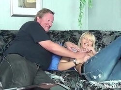 Fat Stepparent Caught His Role of Daughter plus Leman Her Bawdy cleft - to overhead hotcamgirls24.com