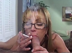 Full-grown smokes discolour for ages c in depth engulfing cock
