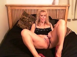 Jesse Cougar yon red-hot high heels, misapplied talk, scruffy - honeyoncam.com